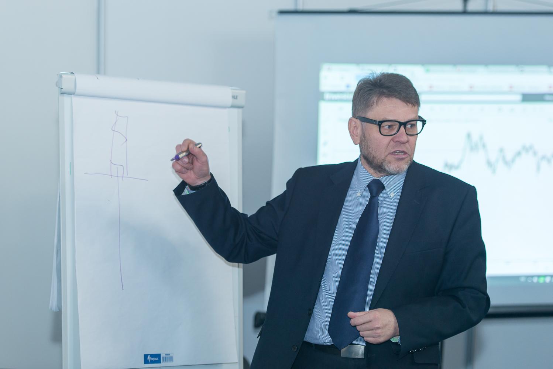 Михаил Грачев, эксперт-аналитик официального партнера компании ТелеТрейд в Беларуси